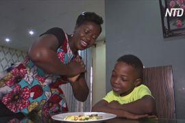 Кумедна їжа: нігерійка придумала, як надихати дітей їсти