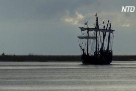Копії кораблів Колумба вирушили в подорож по Міссісіпі