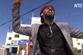 Бариста танцями приваблює відвідувачів до кав'ярні в Аммані