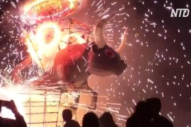 Вогні та вибухи: у Тультепеку проводять фестиваль феєрверків