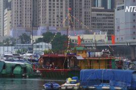 Храм, який плаває біля Гонконгу ось уже 60 років, перенесуть на сушу