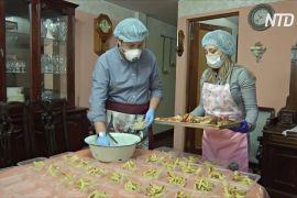 Болівійська сім'я готує безкоштовні обіди для поліції та лікарів