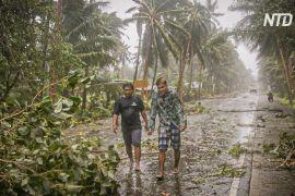 По Філіппінах ударив тайфун «Вонфон»