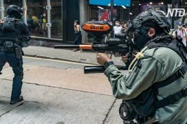 Поліція Гонконгу знову розганяла протестувальників перцевим спреєм