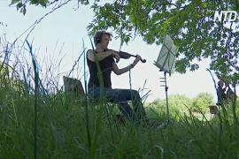 Село, яке хочуть знести, захищається за допомогою симфонії Бетховена