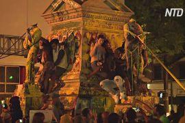 Протестувальники в США розмальовують і руйнують статуї Колумба
