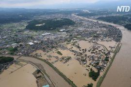 В Японії та Китаї зростає кількість жертв повеней і зсувів
