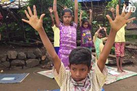 Сільським дітям в Індії вмикають аудіоуроки
