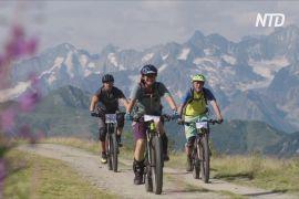 Перегони на електричних велосипедах відбулися у швейцарських Альпах