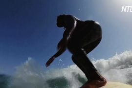 Перша серфінгістка Сенегалу розповіла про нелегкий шлях до мрії