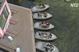 На Ріджентс-каналі в Лондоні працює кінотеатр на воді