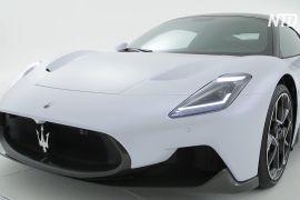 Нова ера Maserati: середньомоторний суперкар MC20