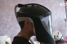 В'єтнамські школярі винайшли шолом для захисту від коронавірусу
