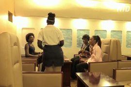 Нігерійський ресторан зробив інтер'єр як у літаку