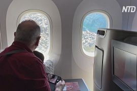 Австралійці милуються з авіалайнера красою країни