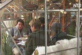 Німецький ресторан пропонує гостям столики в окремих скляних кабінках