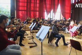 Косівський оркестр дав безкоштовний концерт, щоб надихнути людей