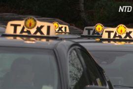 Шведські таксисти доставляють клієнтам додому тести на COVID-19