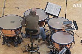 Як експрес-тест на COVID-19 допоміг симфонічному оркестрові повернутися до репетицій