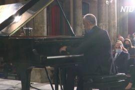 У церквах і на площах Бейрута проходять концерти класичної музики