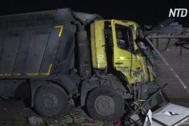 В Індії вантажівка задавила 15 робітників, що спали при дорозі
