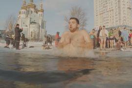 Купання за -17 градусів: київські «моржі» не поступаються традиціями