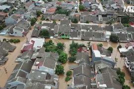 Кадри з повітря: у Джакарті затоплено цілі райони