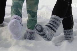 Масаж і свобода: фіни бігають по снігу у вовняних шкарпетках