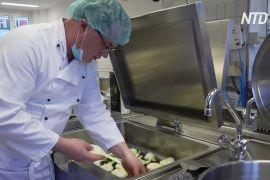 Берлінський шеф-кухар готує для пацієнтів лікарні