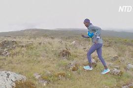 Кенійські марафонці тестують перше вітчизняне взуття для бігу на довгі дистанції