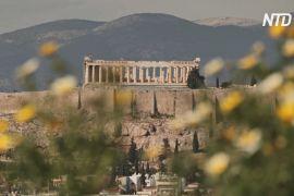 У Греції з приходом весни розцвітають персикові й мигдалеві дерева