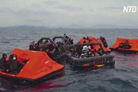 ЄС просить Грецію розслідувати, чи не розвертає берегова охорона човни з мігрантами