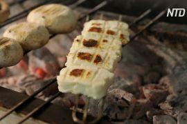 ЄС дав Кіпру виняткове право виробляти й продавати сир халумі