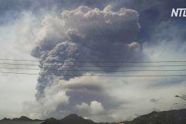 Прокинувся вулкан: міста на карибському острові Сент-Вінсент укрило товстим шаром попелу