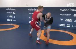 Німецький борець зробив із курника спортзал і готується перемогти на Олімпіаді
