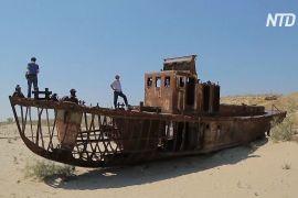 Фестиваль на дні пересохлого Аральського моря в Узбекистані привертає увагу до екологічної катастрофи