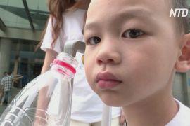 У Китаї дозволили заводити трьох дітей
