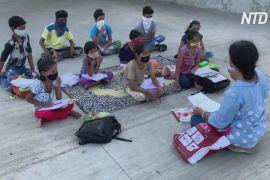 Школа біля річки: як дві жительки Індії навчають дітей із нетрів