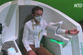 Роботи-помічники й станції медогляду: у Парижі пройшла виставка технологій