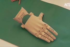 Іспанський винахідник робить 3D-друковані протези й дарує їх інвалідам