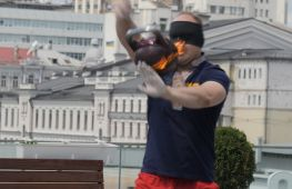 Українець установив рекорд Гіннеса, жонглюючи гирею