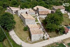 Занедбані хліви й казарми Італії перетворюють на хостели та культурні центри