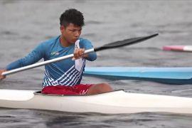 Бразильський чемпіон-каноїст надихнув дітей-аборигенів займатися веслуванням