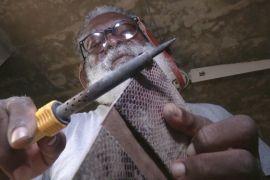 На злеті кар'єри: нігерійському майстрові ніколи йти на пенсію