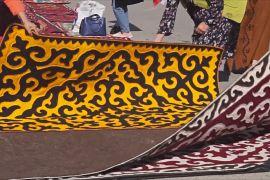 Гігантський візерунок: у Киргизії виготовляють унікальні килими