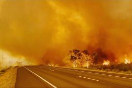 Дві найбільші пожежі в Каліфорнії стримати поки не вдається