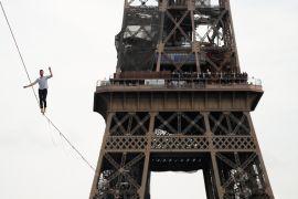 Слеклайнер прогулявся над Парижем на висоті 70 метрів