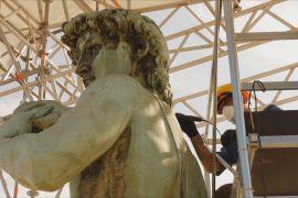 Площу Мікеланджело у Флоренції оновлюють, а Давида — миють