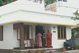Індійські вчителі побудували 150 будинків для бездомних школярів