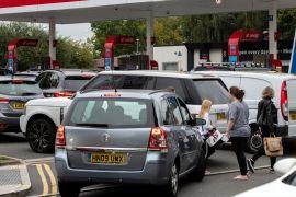 Британці панічно скуповують бензин